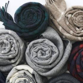 超级市场伸展打底裤裤衩/羊毛織围巾限期供应价格 到12月20日
